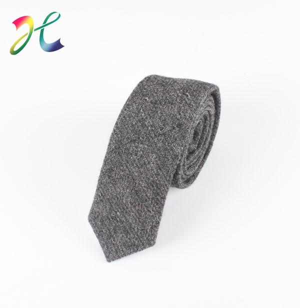 英伦风时尚羊毛领带