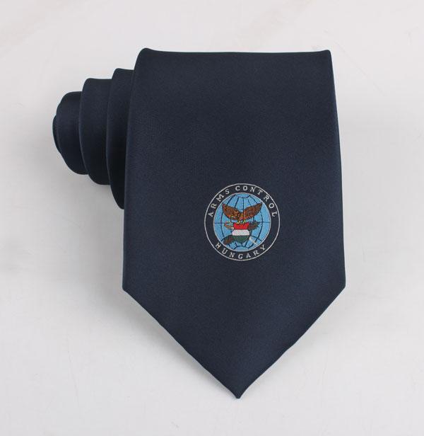 纯底色logo领带定做