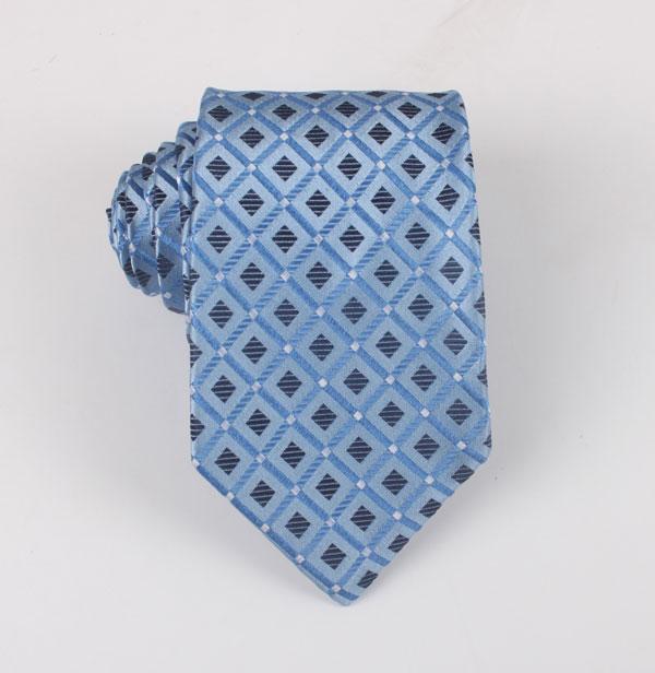时尚格子领带加工
